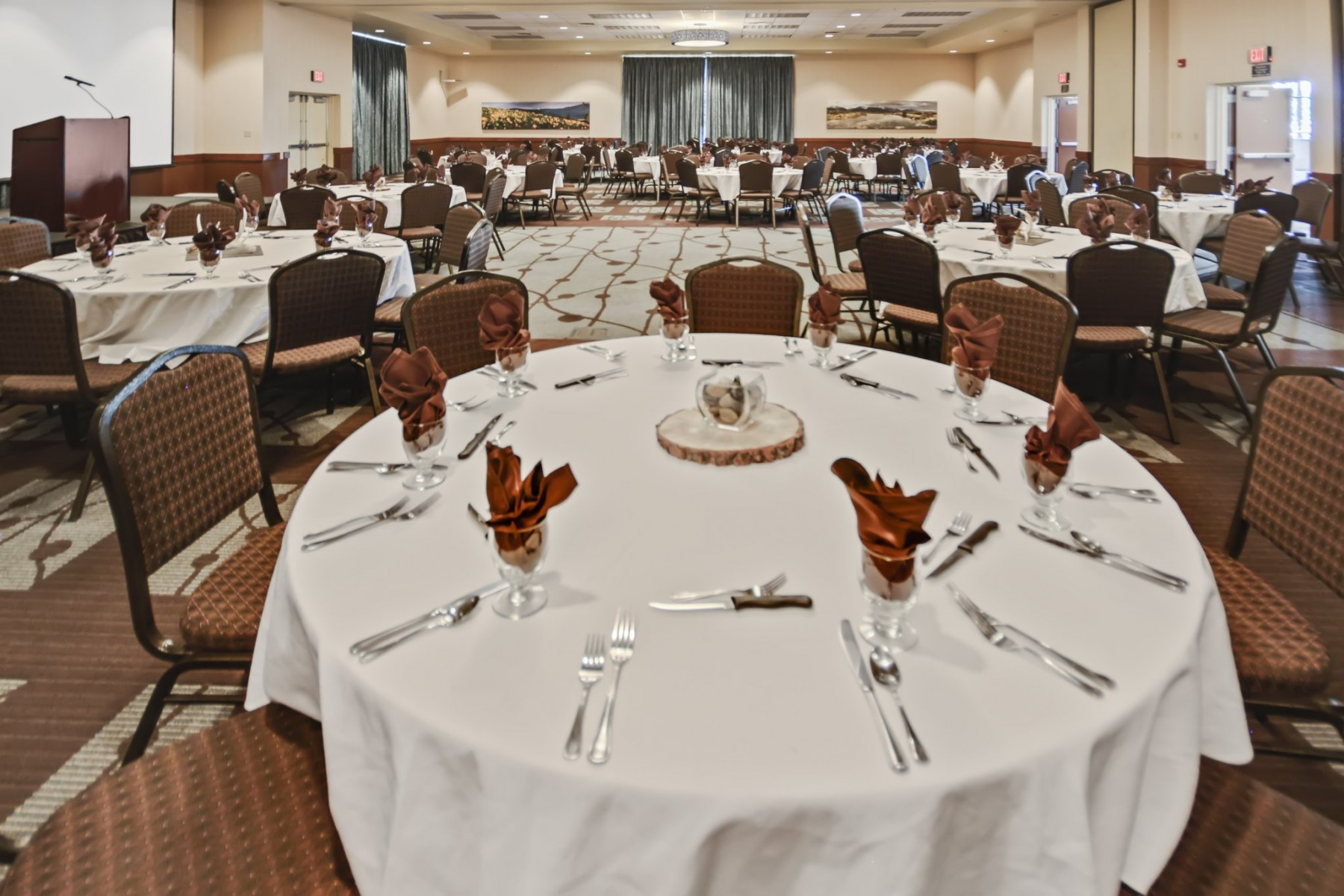 Banquet/Wedding Tables